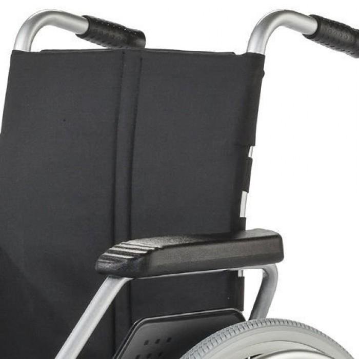كرسي متحرك عادي للكبار ألماني